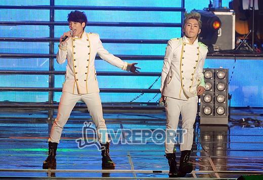 ۩Ξ۩ Infinite fan club ۩Ξ۩ ...  - صفحة 11 2012-infinite-concert-14
